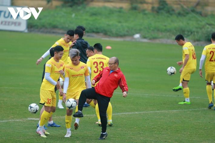 Thầy Park liên tục ôm hận trước kỹ thuật của dàn tuyển thủ Việt Nam - Ảnh 4.