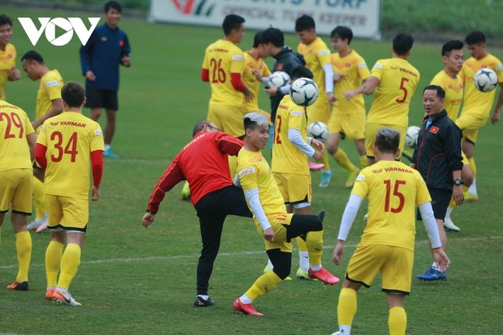 Thầy Park liên tục ôm hận trước kỹ thuật của dàn tuyển thủ Việt Nam - Ảnh 6.