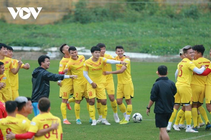 Thầy Park liên tục ôm hận trước kỹ thuật của dàn tuyển thủ Việt Nam - Ảnh 8.