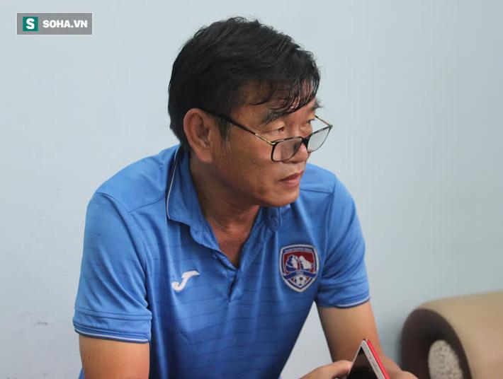 Sau cuộc chia ly vừa buồn vừa thảm, cựu HLV ĐTVN gia nhập đại gia một thời ở V.League? - Ảnh 1.