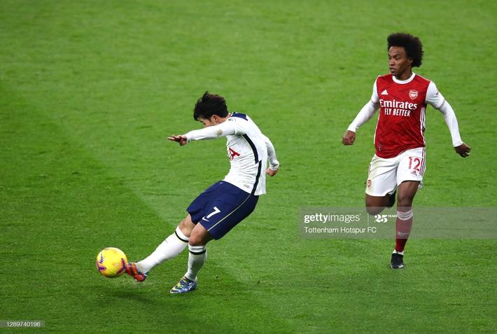 Hạ gục Arsenal bằng song kiếm hợp bích, Mourinho ngạo nghễ đứng đầu Premier League - Ảnh 1.