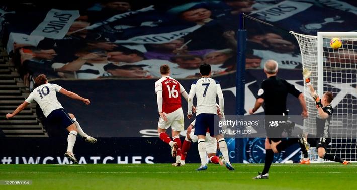 Hạ gục Arsenal bằng song kiếm hợp bích, Mourinho ngạo nghễ đứng đầu Premier League - Ảnh 4.