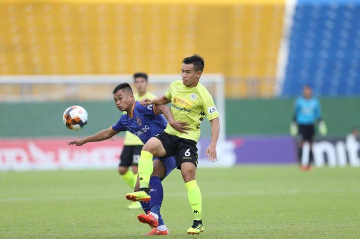 KẾT THÚC Bình Dương 0-2 Hà Nội; Đà Nẵng 3-1 HAGL: SVĐ Gò Đậu liên tục xảy ra xô xát - Ảnh 9.