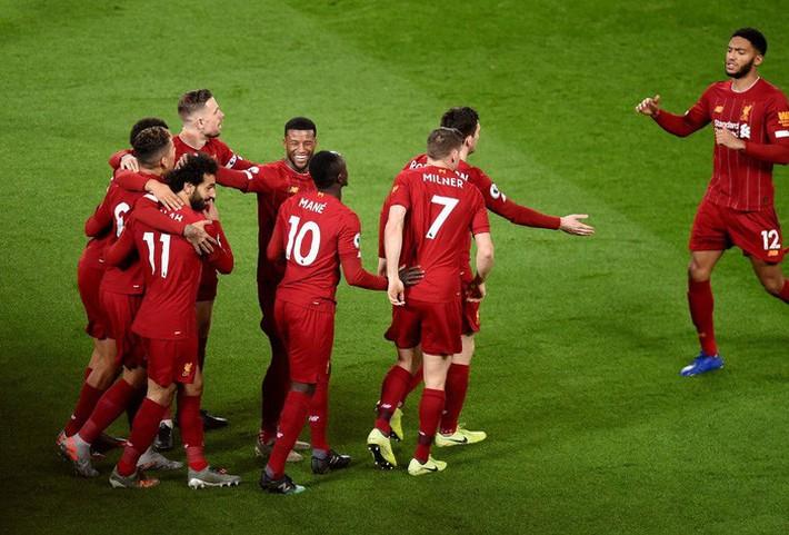 Những con số thống kê nghe thôi đã phải trầm trồ của Liverpool sau ngôi vô địch Ngoại hạng Anh lịch sử - Ảnh 2.