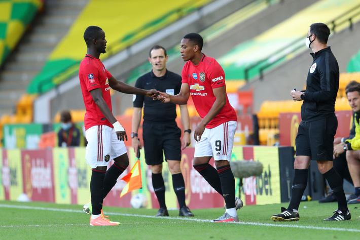 Hậu vệ đắt nhất thế giới lập chiến công, Man United nghẹt thở giành vé vào bán kết - Ảnh 3.