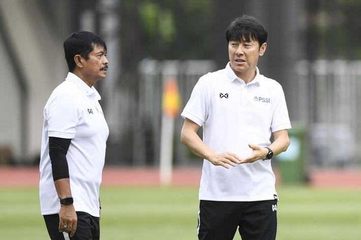 Ghen ăn tức ở với Việt Nam, hóa ra sếp lớn bóng đá Indo lại tôn lên thầy Park Hang-seo - Ảnh 1.