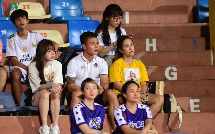 Quang Hải trở lại đội hình Hà Nội FC sau 2 trận liên tiếp làm khán giả? - Ảnh 1.