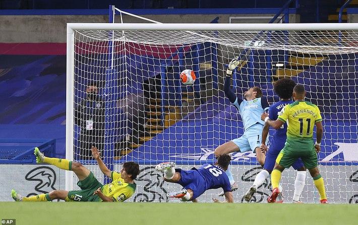 Giành chiến thắng quan trọng, Chelsea đẩy Man United vào thế khó trong cuộc đua top 4 - Ảnh 3.