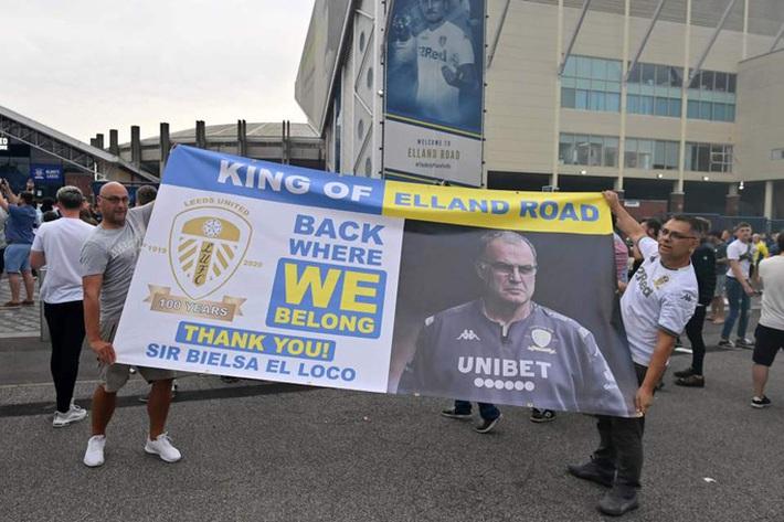 Leeds United thăng hạng, 580 nhân viên được thưởng đậm - Ảnh 5.