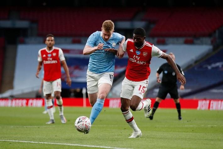 Hạ gục Manchester City để vào chung kết, Arsenal lập nên kỷ lục ở chiếc cúp lâu đời nhất thế giới - Ảnh 3.