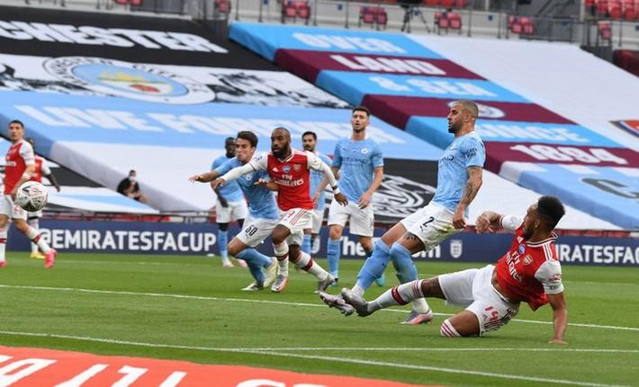 Hạ gục Manchester City để vào chung kết, Arsenal lập nên kỷ lục ở chiếc cúp lâu đời nhất thế giới - Ảnh 4.