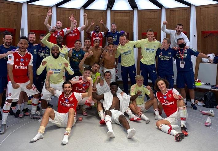 Hạ gục Manchester City để vào chung kết, Arsenal lập nên kỷ lục ở chiếc cúp lâu đời nhất thế giới - Ảnh 9.