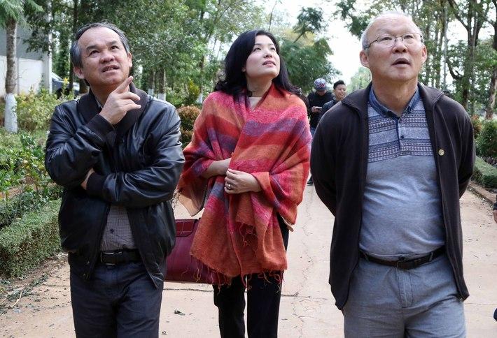 Bầu Đức: Từ đại gia ném tiền vào phòng trọng tài đến Người phán xử của bóng đá Việt Nam - Ảnh 4.