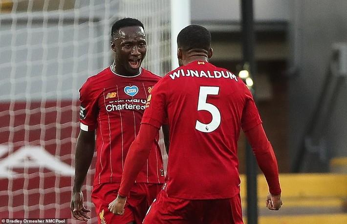 Man United mất điểm vẫn lọt vào top 4; Liverpool vùi dập Chelsea trong ngày trọng đại - Ảnh 4.