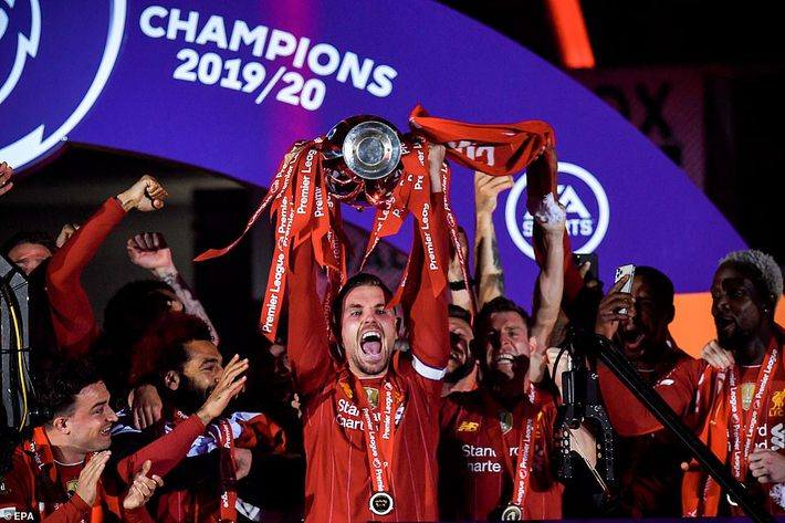 Man United mất điểm vẫn lọt vào top 4; Liverpool vùi dập Chelsea trong ngày trọng đại - Ảnh 6.