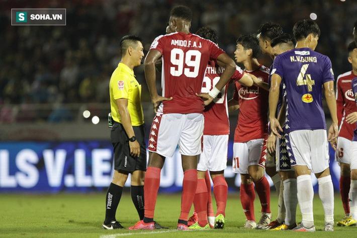 Phía sau lời mất lòng của VFF là một góc tương lai của bóng đá Việt Nam - Ảnh 1.