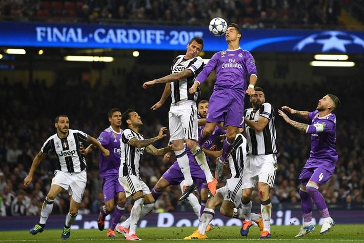Ronaldo đang buồn chán, nhưng tương lai của anh là ở Juventus - Ảnh 1.