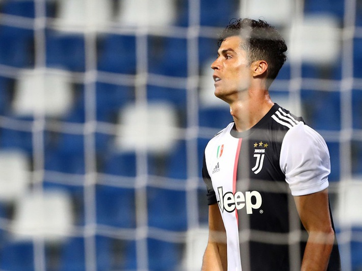 Ronaldo đang buồn chán, nhưng tương lai của anh là ở Juventus - Ảnh 3.