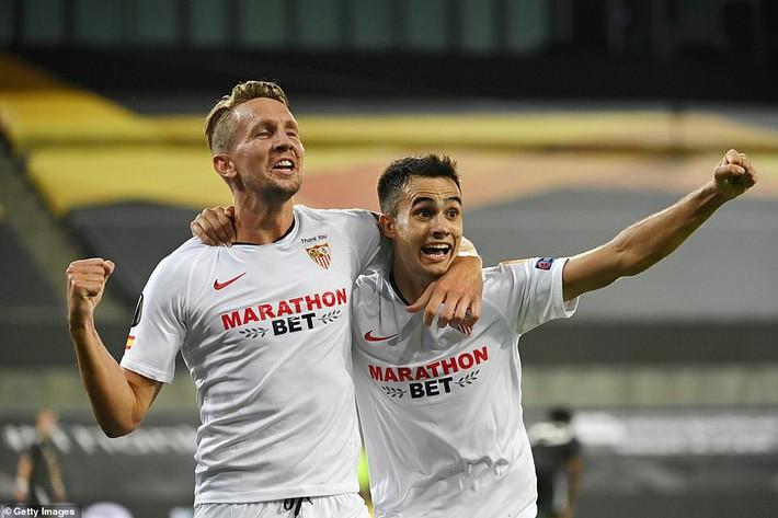 Bruno Fernandes nổi điên với đồng đội, Man United thất bại oan nghiệt trước Sevilla - Ảnh 6.
