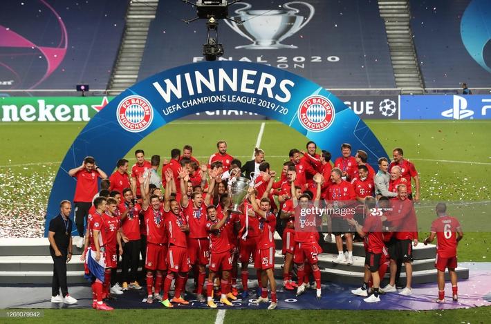 Màn ăn mừng dở khóc dở cười nhưng độc nhất vô nhị của Bayern Munich - Ảnh 3.