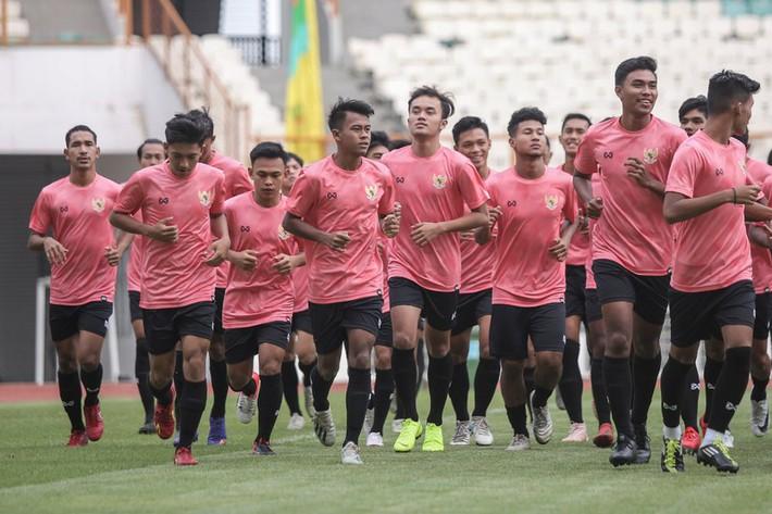 Bất chấp Covid-19, U19 Indonesia vẫn đi tập huấn châu Âu - Ảnh 1.