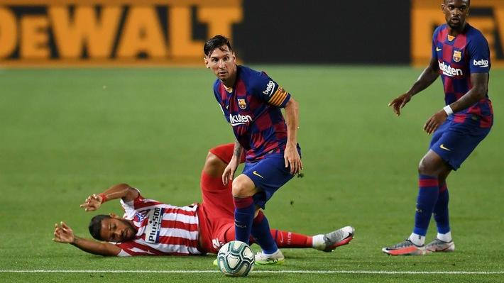 Ở tuổi 33, Messi có còn là nhân vật xứng đáng được các CLB săn đón bằng mọi giá? - Ảnh 4.