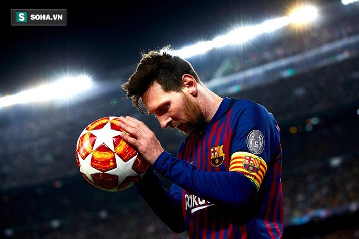 Tạo cú sốc bằng đòn thí Hậu, Messi tái hiện hoàn hảo một cách khó tin Ván cờ bất tử - Ảnh 1.
