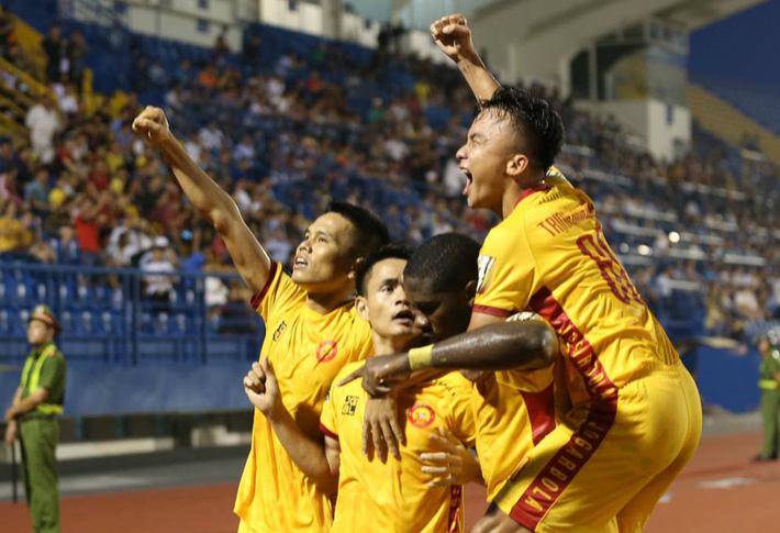 HLV Thanh Hoá: Đó là tuyên bố của lãnh đạo, đội bóng vẫn tập bình thường - Ảnh 1.