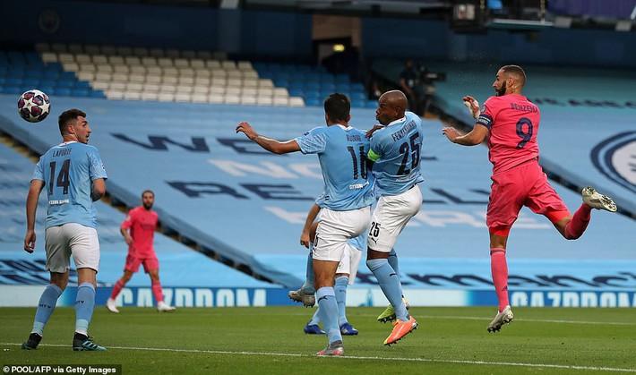 Lập cú đúp kiến tạo cho đối thủ, nhà vô địch World Cup khiến Real tan nát dưới chân Man City - Ảnh 3.