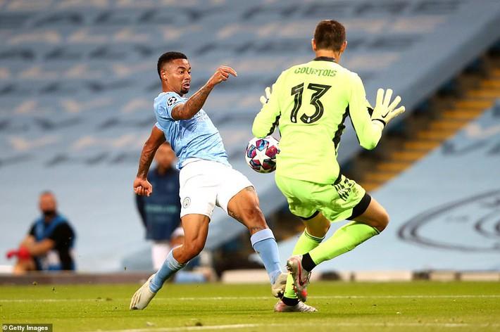 Lập cú đúp kiến tạo cho đối thủ, nhà vô địch World Cup khiến Real tan nát dưới chân Man City - Ảnh 5.