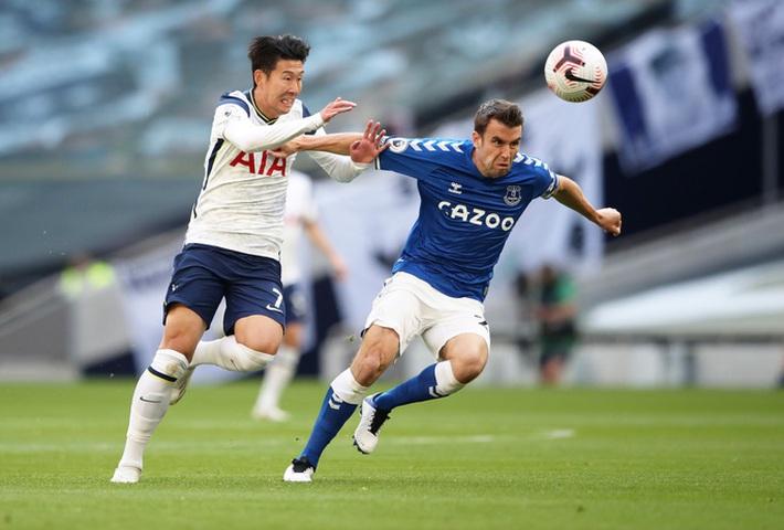 Tottenham gục ngã trận mở màn, Everton bay bổng ở London - Ảnh 2.