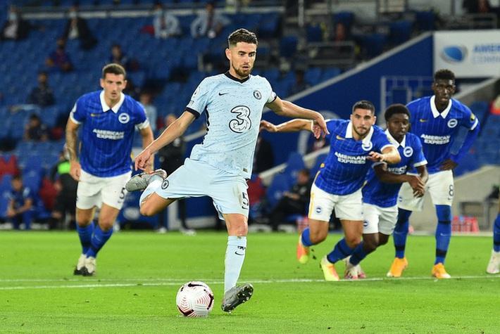 Hậu vệ lập công, Chelsea đại thắng Brighton vào top 3 - Ảnh 3.
