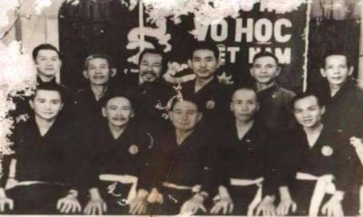 Cao thủ võ Việt đá gãy chân tên cướp ở Sài Gòn bằng tuyệt kỹ tảo địa cước trứ danh - Ảnh 3.