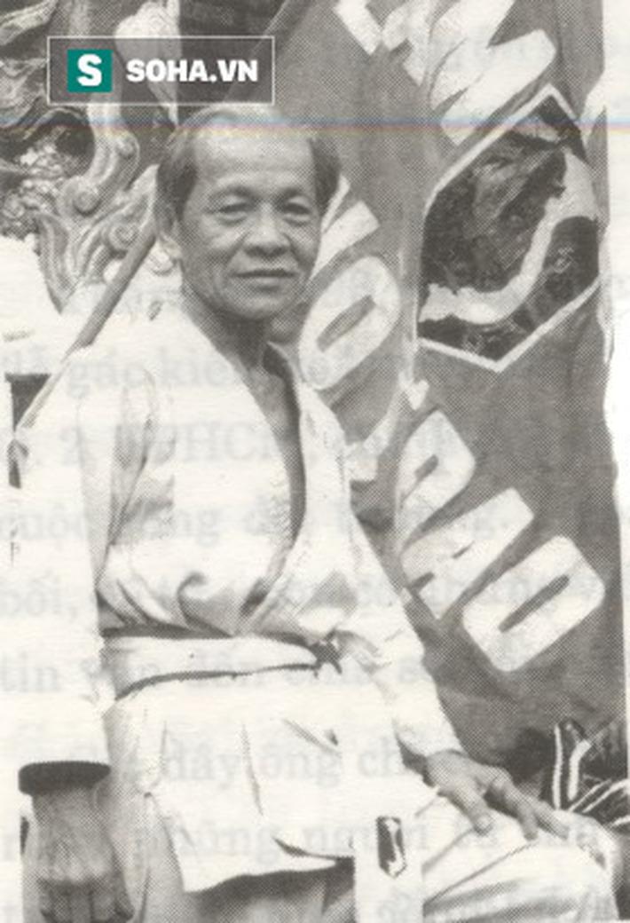 Cao thủ võ Việt đá gãy chân tên cướp ở Sài Gòn bằng tuyệt kỹ tảo địa cước trứ danh - Ảnh 1.