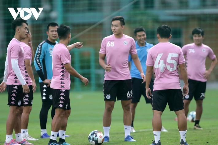 Quang Hải tự tin, Văn Quyết trầm ngâm trước trận chung kết Cúp Quốc gia 2020 - Ảnh 6.