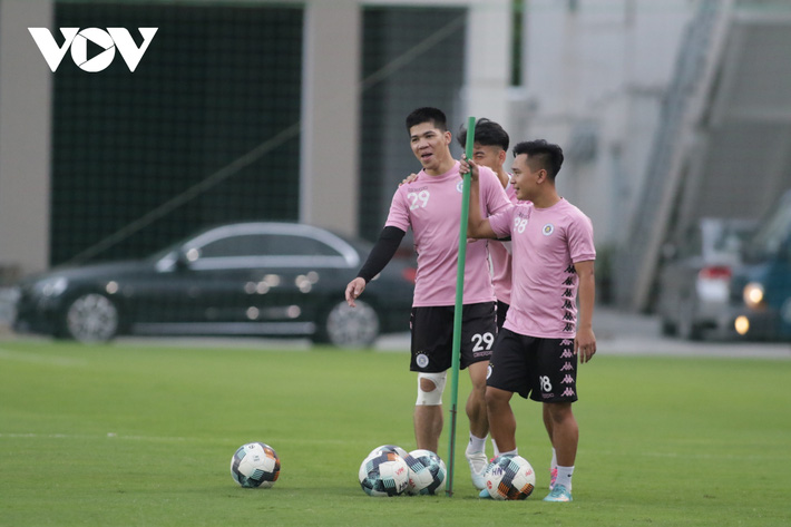 Quang Hải tự tin, Văn Quyết trầm ngâm trước trận chung kết Cúp Quốc gia 2020 - Ảnh 9.