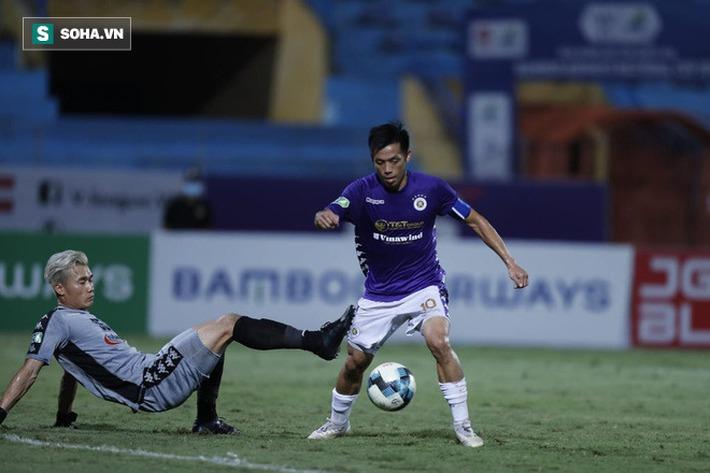 Văn Quyết tiết lộ bí kíp để thi đấu thăng hoa; đối thủ thừa nhận Hà Nội FC quá ít điểm yếu - Ảnh 5.