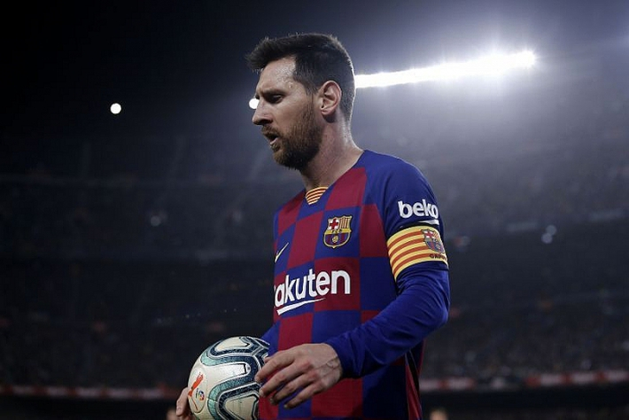 [NÓNG] Chủ tịch Barca bị cảnh sát cáo buộc tội tham nhũng, dùng tiền để bôi nhọ Messi - Ảnh 2.