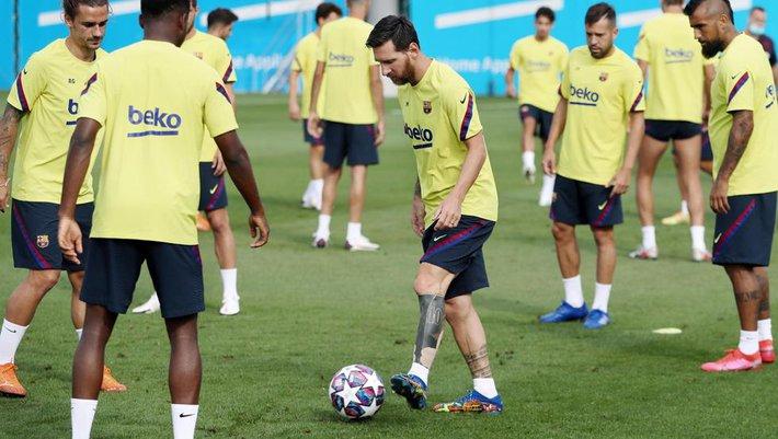 Barcelona bất ngờ đề nghị chính sách bù đắp đặc biệt, mở đường cho Messi ở lại Nou Camp - Ảnh 2.