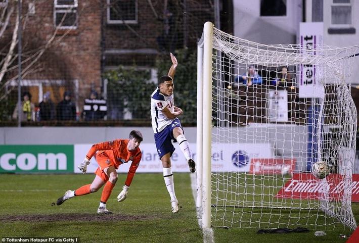 Tiền đạo Brazil lập hat-trick, Tottenham đại thắng 5 sao tại FA Cup - Ảnh 3.