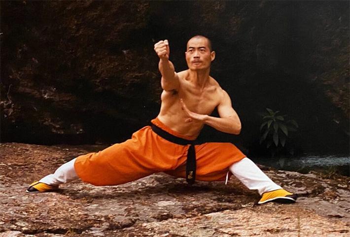 Bị ép ký sinh tử trạng, cao tăng Thiếu Lâm đấm một cú làm đối thủ chết ngay tại chỗ - Ảnh 2.