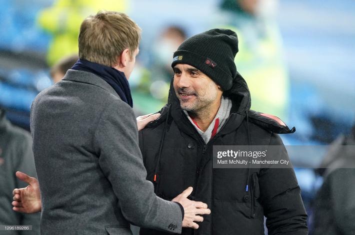 Mourinho thẫn thờ vì mất điểm; Pep Guardiola đe dọa soán ngôi Man United - Ảnh 6.