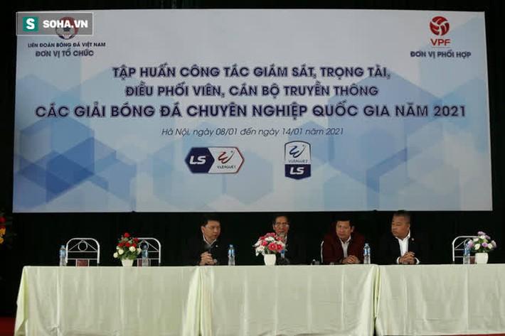 V.League chỉ có 1 trọng tài FIFA Elite, không thể phân công vào tất cả các trận của Nam Định - Ảnh 1.