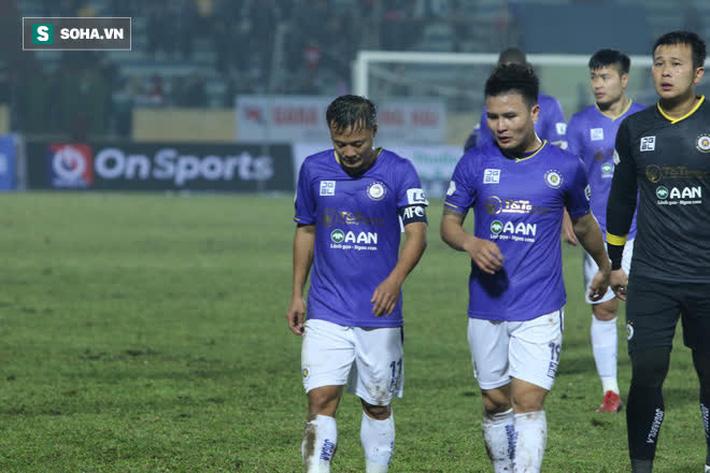 Chuyên gia Vũ Mạnh Hải: Đừng trách mặt sân, Hà Nội FC thua vì coi nhẹ Nam Định - Ảnh 3.