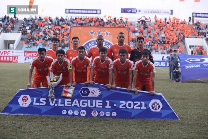 Sau cơn sốt khiến cả FIFA và AFC ngưỡng mộ, bóng đá Việt có thêm hình ảnh đầy ấn tượng - Ảnh 2.