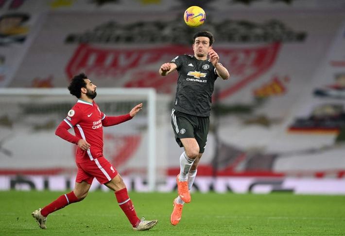 Chấm điểm cầu thủ MU: Luke Shaw, Wan-Bissaka bỏ Salah, Mane vào túi quần - Ảnh 4.