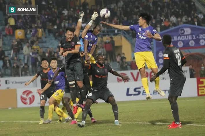 Chuyên gia Vũ Mạnh Hải: Hà Nội FC không tạo được gì mới mẻ, HLV Chu Đình Nghiêm dễ mất ghế - Ảnh 2.