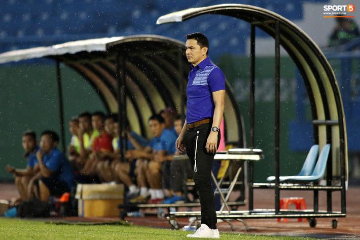 Fan Thái Lan chê HAGL của HLV Kiatisuk đá như Thai League 3 - Ảnh 2.