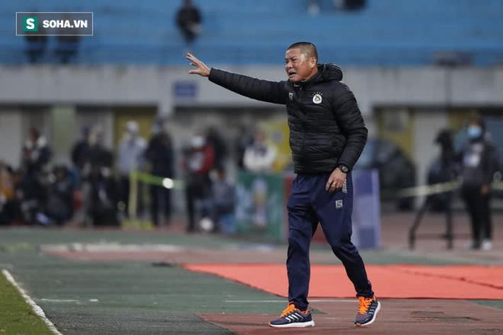 HLV Viettel khẳng định bóng chạm tay hậu vệ Hà Nội FC, nhưng nói lời bất ngờ về trọng tài - Ảnh 3.