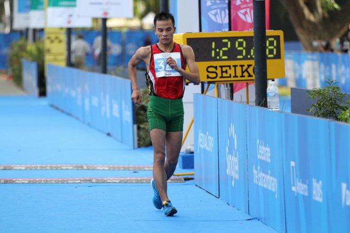 Đôi chân thép ôm nỗi ám ảnh về SEA Games & cú đoạt vé Olympic đầy ngỡ ngàng cho Việt Nam - Ảnh 2.